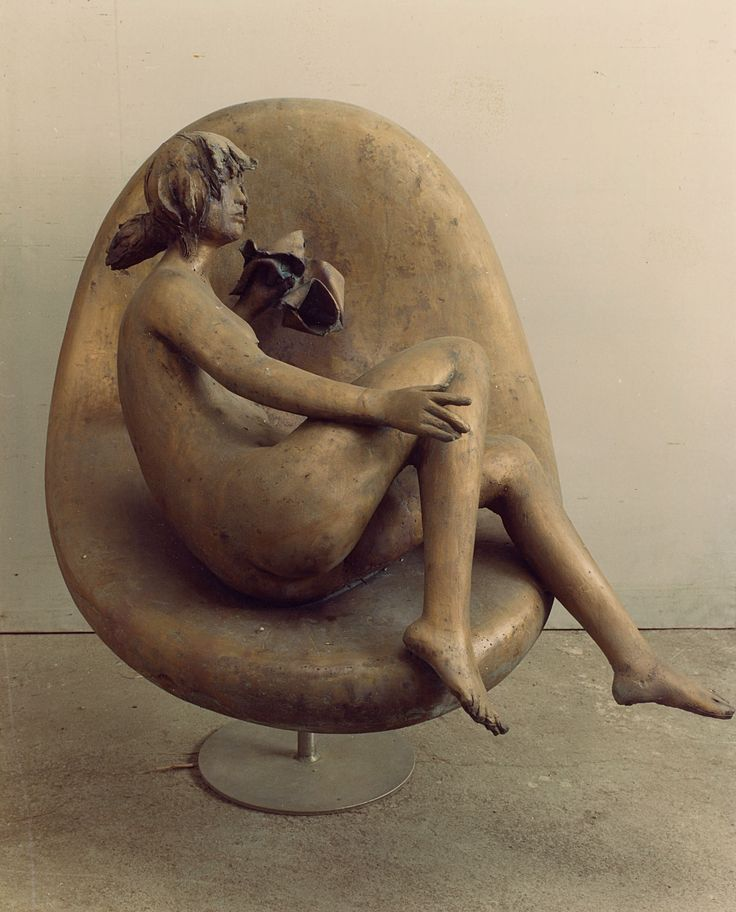Young girl in a armchair, 1984