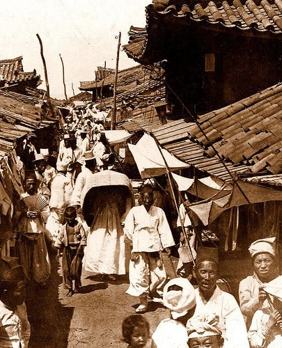 OLD KOREA - LAND OF THE MORNING CALM -- A Crowed Scene on a Side Street, 1904. PYONGYANG by Okinawa Soba, via Flickr