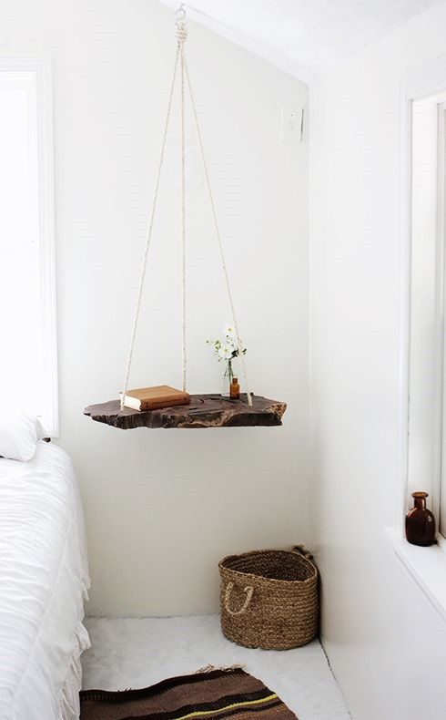 DIY hanging bed side table :: This wood slab = a stunning recycled furniture piece! #recycled #bedroomfurniture