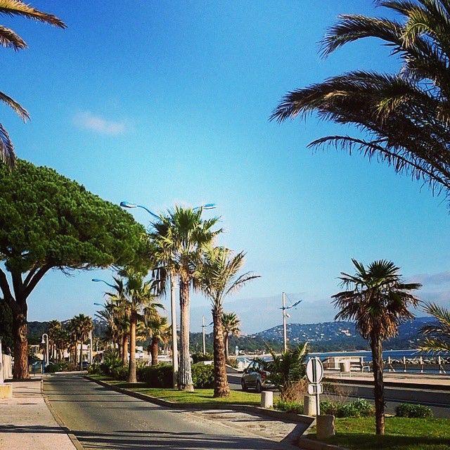 #Cavalaire #CavalaireSurMer #Sud #France promenade de la mer #cavalairetourisme