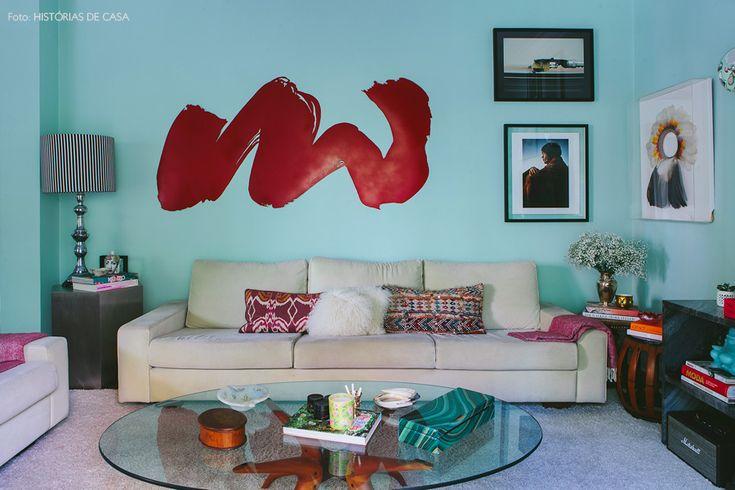11-decoracao-sala-estar-quadros-parede-azul-verde-agua