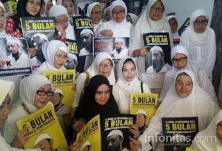 Islam Garis Lurus: Ibu-Ibu Pegangsaan Dua Doakan Kesembuhan Novel Bas...