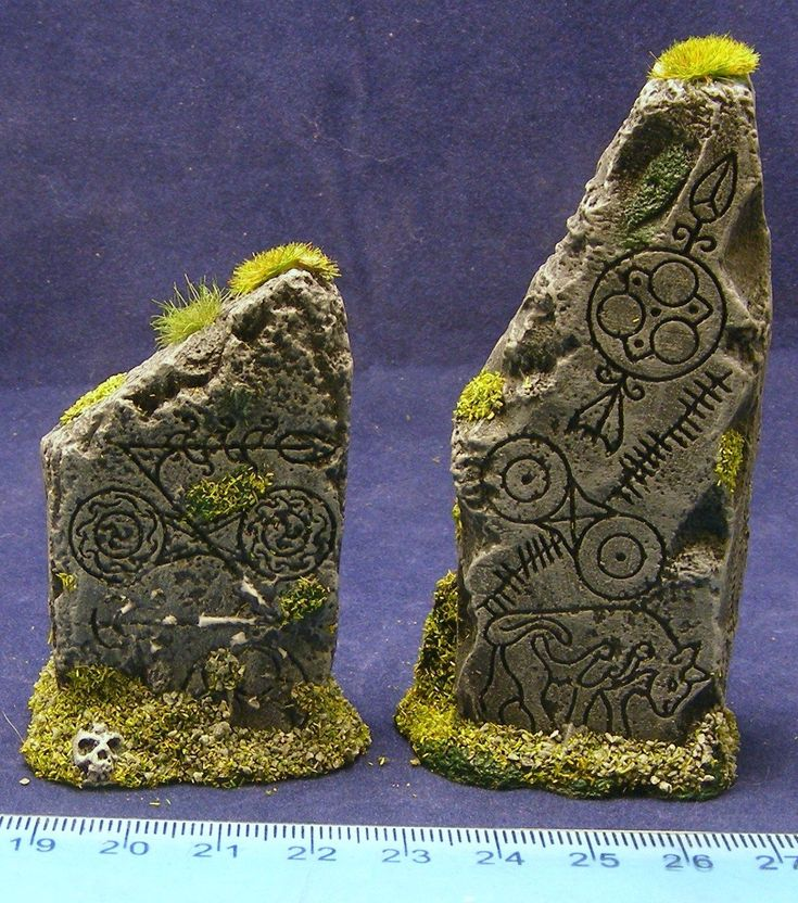 http://picclick.co.uk/Standing-stones-Monoliths-28mm-Fantasy-historical-and-science-311649713652.html