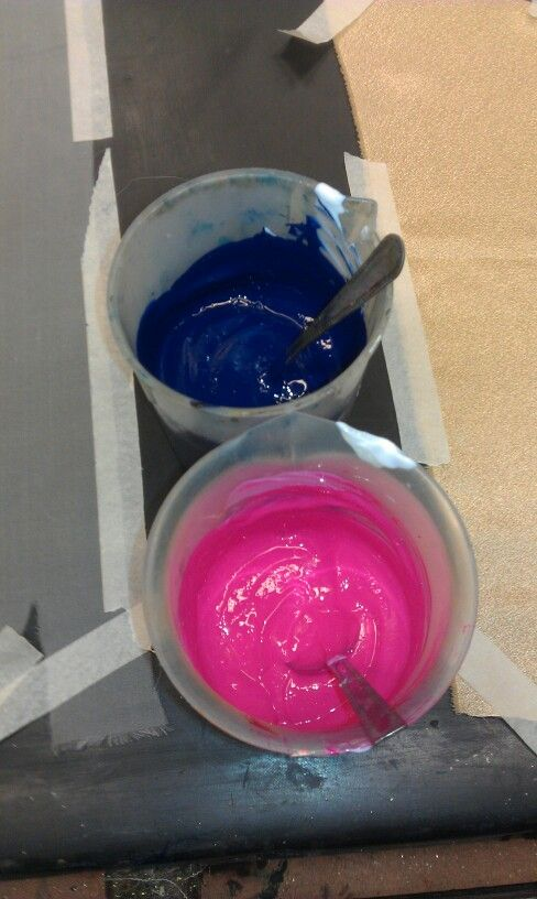 Screen print pigments