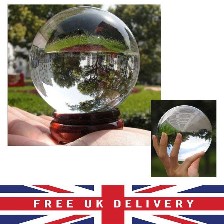 Bola de Cristal Transparente con Soporte de Madera. 80 - 100 mm. Puedes conseguirla en http://adivinacion.esoterik-a.com/producto/bola-cristal-transparente-soporte-madera-80-100-mm/