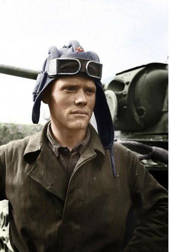 soviet army tank commander, stalingrad 1942