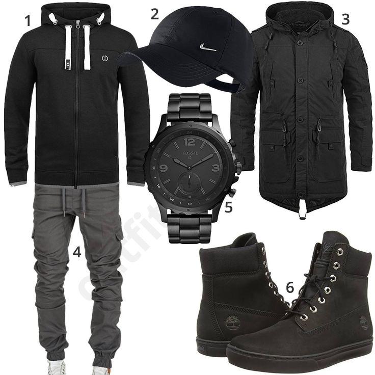 Schwarzes Herrenoutfit mit Solid Kapuzenpullover und langem Parka, Nike Cap, grauer Amaci&Sons Jogginghose, Fossil Q Smartwatch und hohen Timberland Schuhen.