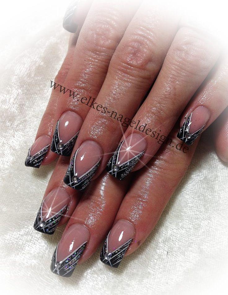 black simple nail ar t