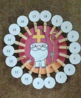Juf Jamilla: Sinterklaas aftelkalender. Aftellen naar de komst van Sint op school of naar pakjesavond. Elke dag haal je een knijper er af tot alleen de 1 er nog maar hangt. De kinderen weten hierdoor precies hoe lang het nog duurt en het ziet er vrolijk uit! Kalender sint en pieten, sinterklaasfeest, kleuters