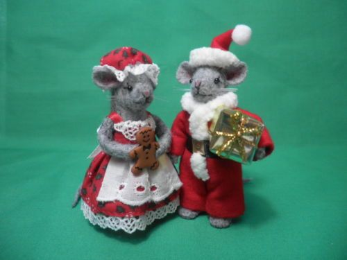 tiny christmas wool felt mice mr and mrs santa mouse decoration ornament - Christmas Mice Decorations