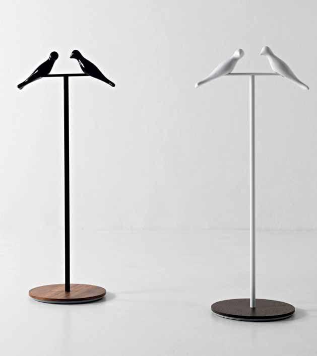 Flai - Servomuto Alfred   Design: Pierpaolo Zanchin   Collezione: Mystère   Materiali: Metallo e noce   #design #animal