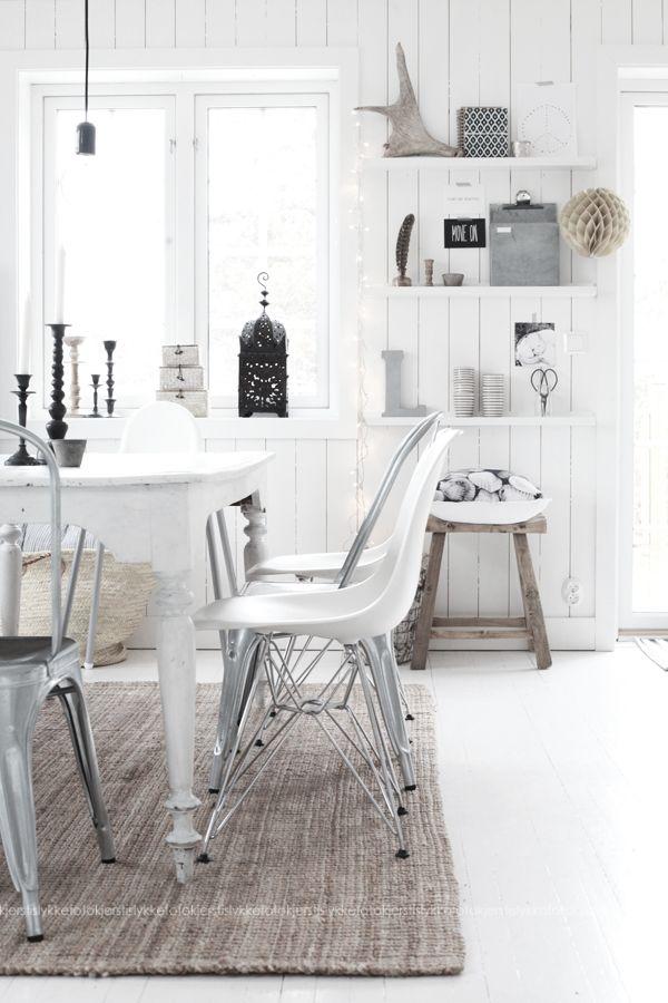 Como llenar un rincón vacío de una forma ligera y barata | Decorar tu casa es facilisimo.com