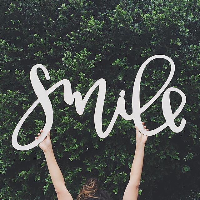 By @afabulousfete #typografie #typography #typostrate #design #smile