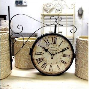 Retro Zegar Kolejowy czyli metalowy zegar Belldeco z pięknie stylizowaną tarczą.