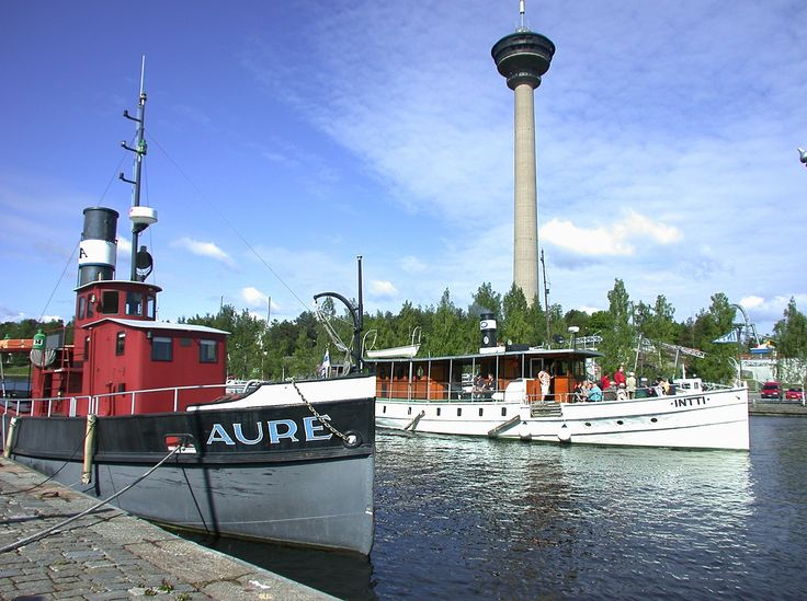 Harbour view with the Näsinneula Observation Tower in the background. photo © VisitFinland.