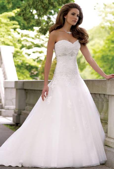 David Tutera for Mon Cheri - 113231 Goldie | Wedding Dresses Photos | Brides.com  #wedding#bodas