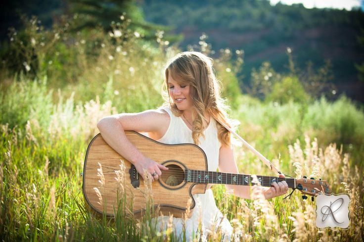 Guitar Senior Picture by Allison Ragsdale Photography Durango Colorado