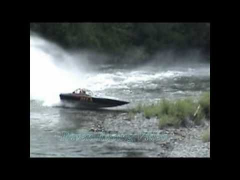 Whitewater boat racing crash - boatcovers.iboats.com
