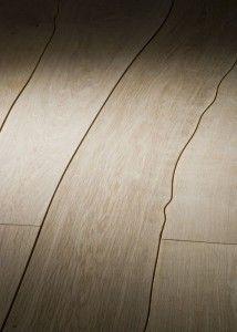 Parquet Bolefloor: pavimento in legno curvo