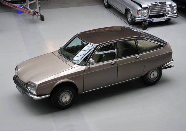 Deze Citroën GS Birotor betreft een model uit de voorserie en wordt te koop aangeboden in Duitsland. Het zou nummer 9 zijn van in totaal 16 exemplaren uit..
