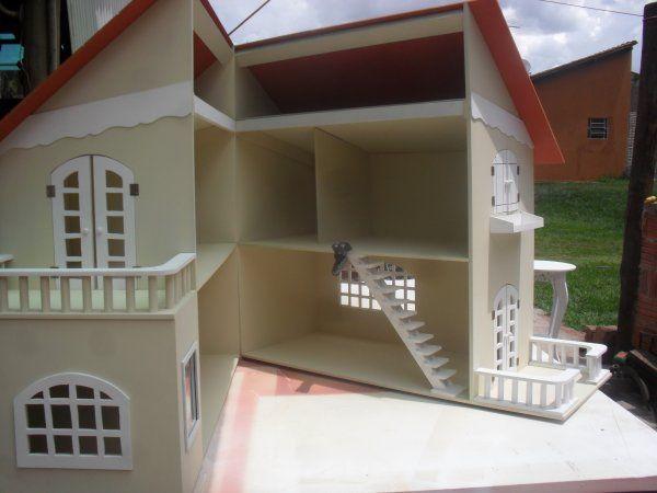 Oficina Encontro com a Arte - Casa de bonecas com varanda Barbie