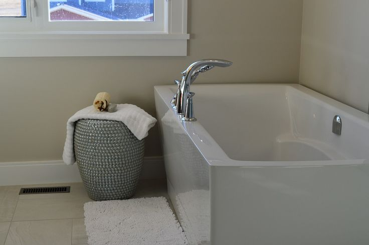 Buying a bathtub can be an expensive purchase hence it's necessary to do proper research before having one. Here are some tips which will help you to choose the perfect bathtub such as installation styles, lifestyle requirements, drains & plumbing and material. Help from a plumber in Calgary can be taken while selecting a bathtub as they are well experienced.