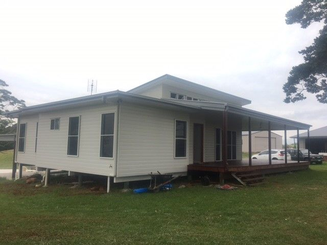 Custom designed single storey home in Maleny | Tru-Built Builders Queensland.