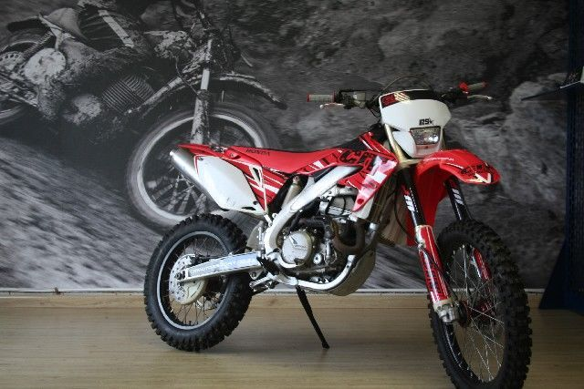 HONDA CRF 450 X CASH FOR R 35,000 FOR MORE INFO GO TO www.teamcit.co.za OR CALL 0123428571