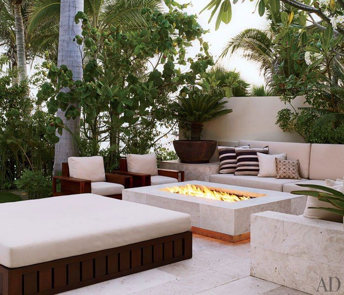 Zen outdoor living room