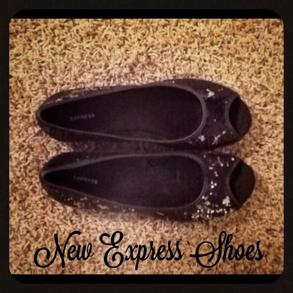 New black Express sequence shoes . Express Shoes