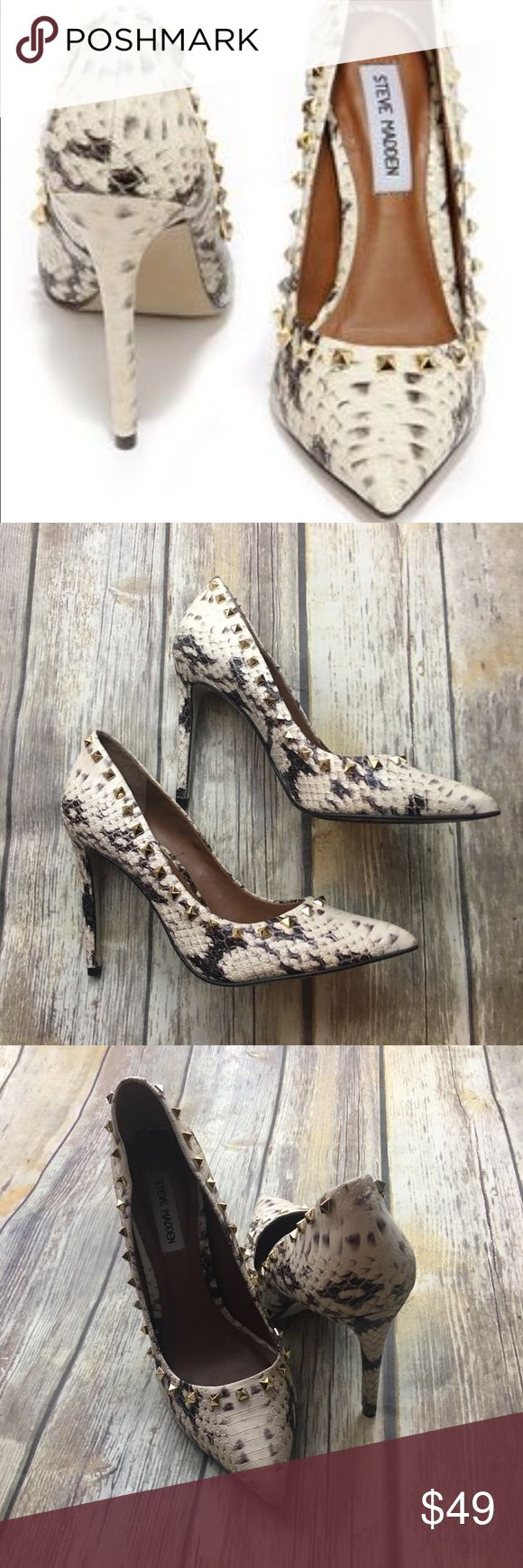 🎈 Steve Madden Crocodile Print With Studs Heels Crocodile print with stud pointy heels. In excellent used condition normal wear. Size 9 1/2. Does not come with original box. 5 inch heel. Steve Madden Shoes Heels