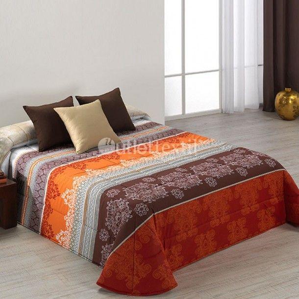 Edredón ESTAMBUL Barbadella Home. Este diseño de la firma Barbadella Home presenta un estilo arabesco formado por motivos árabes y cenefas típicas de este estilo. Es ideal para darle un nuevo aire a tu habitación, tan solo renovando tu ropa de cama.