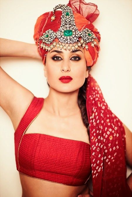 Kareena Kapoor's Stunning Photoshoot in Jaipur !