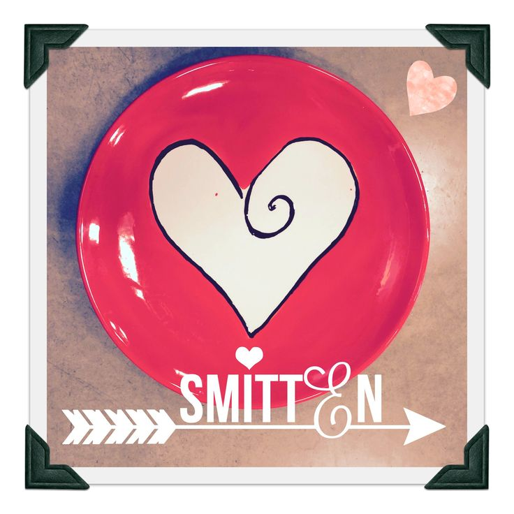 Hand Painted Pottery Valentineu0027s Plate in 3 easy steps |As You Wish Pottery  sc 1 st  Pinterest & 16 best Valentineu0027s Day images on Pinterest | Hand painted ceramics ...