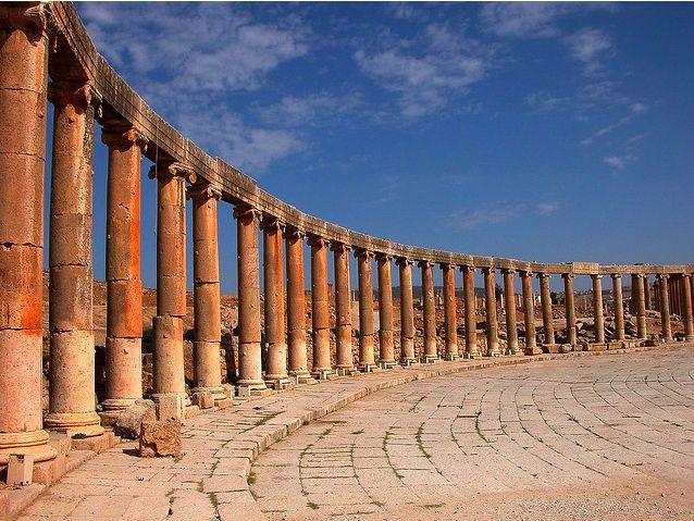 Jerash, Jordania / Jordania. Un tesoro romano llamado Jerash. Enterradas hasta 1920, las ruinas de Jerash son un ejemplo de conservación de una época