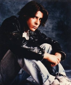 Judd Nelson - now that's a smolder!