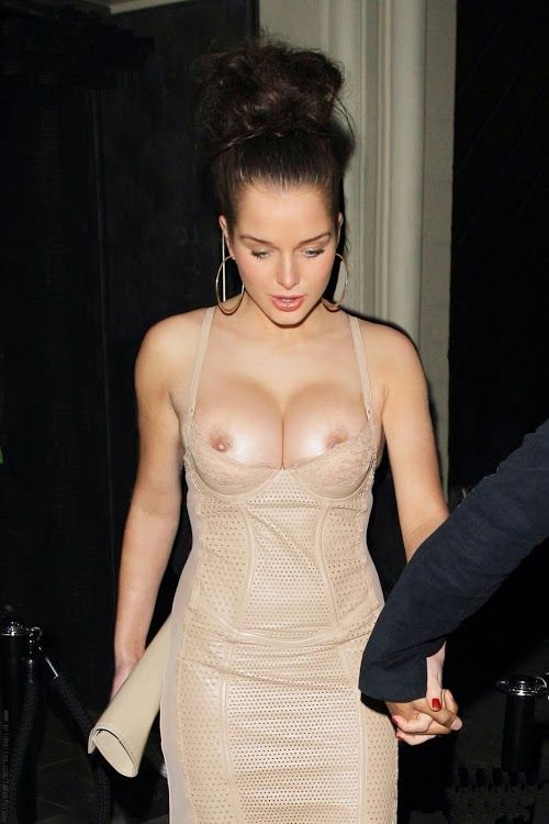 love scene tuxedo nude Jennifer hewitt