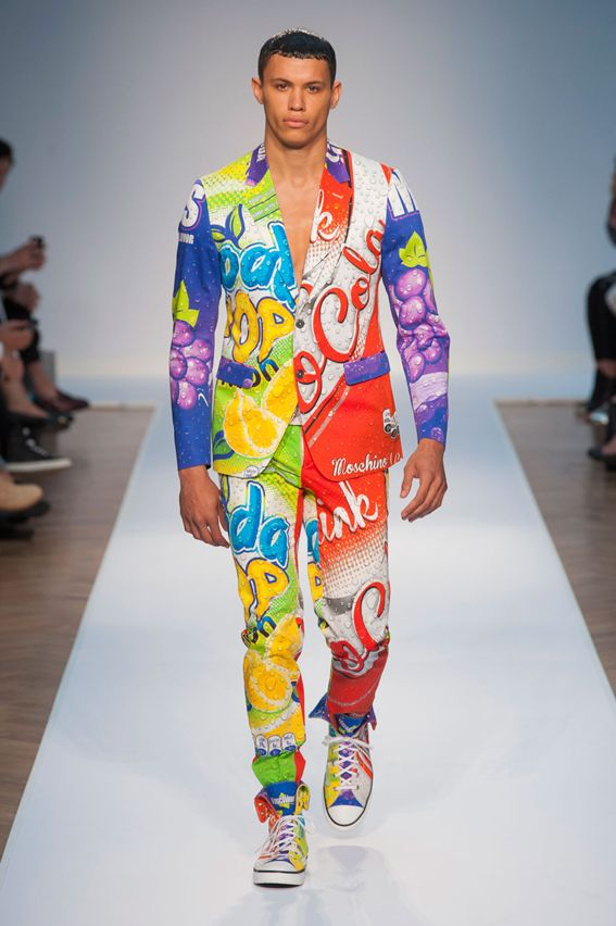 London FW S/S 2015 - Moschino See all fashion show at: http://www.bookmoda.com/?p=11109 #summer #SS #catwalk #fashionshow #menswear #man #fashion #style #look #collection #london #fashionweek #moschino @Moschino