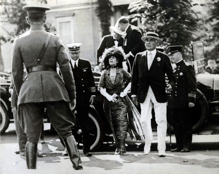 President Warren G. Harding and wife Florence visit Portland in August of 1923 shortly before Harding's death.
