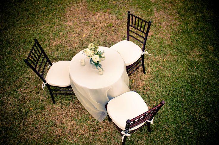 #Mesa de #coctel para jardín