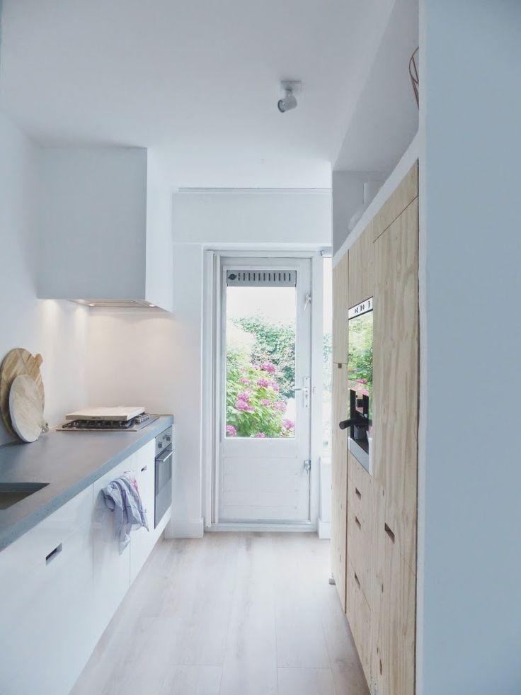 Een klein huis maar grote wensen? http://vanwanrooijtiel.nl/nieuws/6-tips-aanschaf-nieuwe-kleine-keuken/