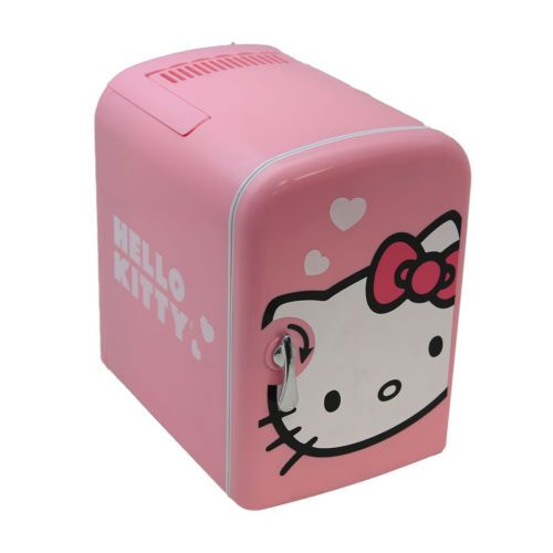 Vivitar Retro 6 Can Portable Mini Fridge   Cooler/Warmer   AC/DC   Hello  Kitty