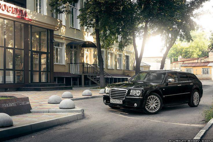 https://flic.kr/p/xr7m2G | Chrysler 300c Touring