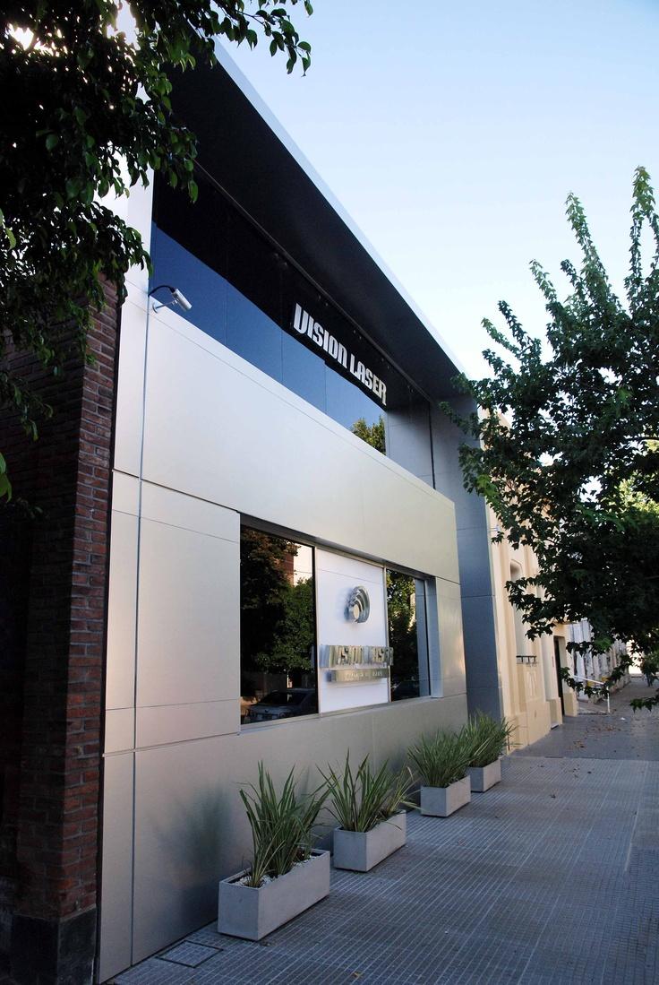 Fachada fachadas y recepcion de clinica dental pinterest - Fachadas clinicas dentales ...