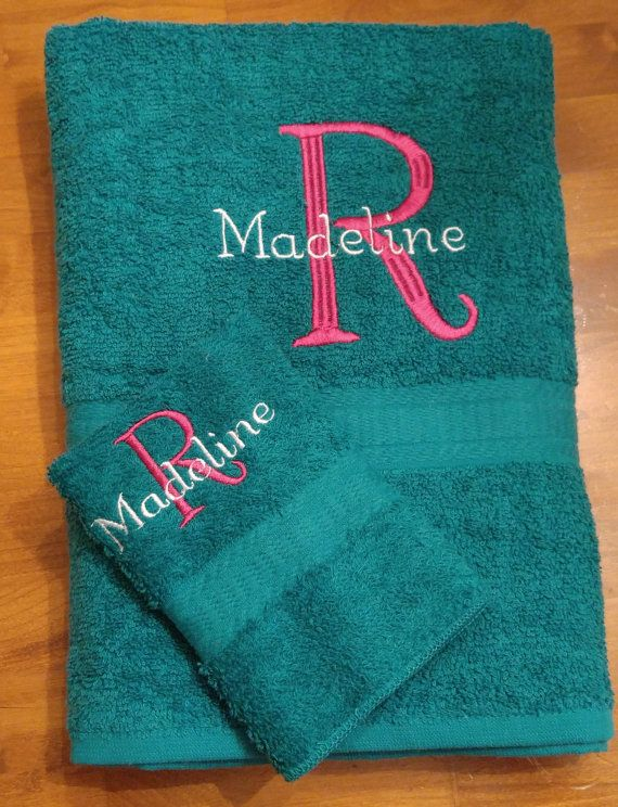 Personalized Towel/Washcloth Set with Embroidered Initial and Name, Monogrammed Towel Set, Graduation Gift