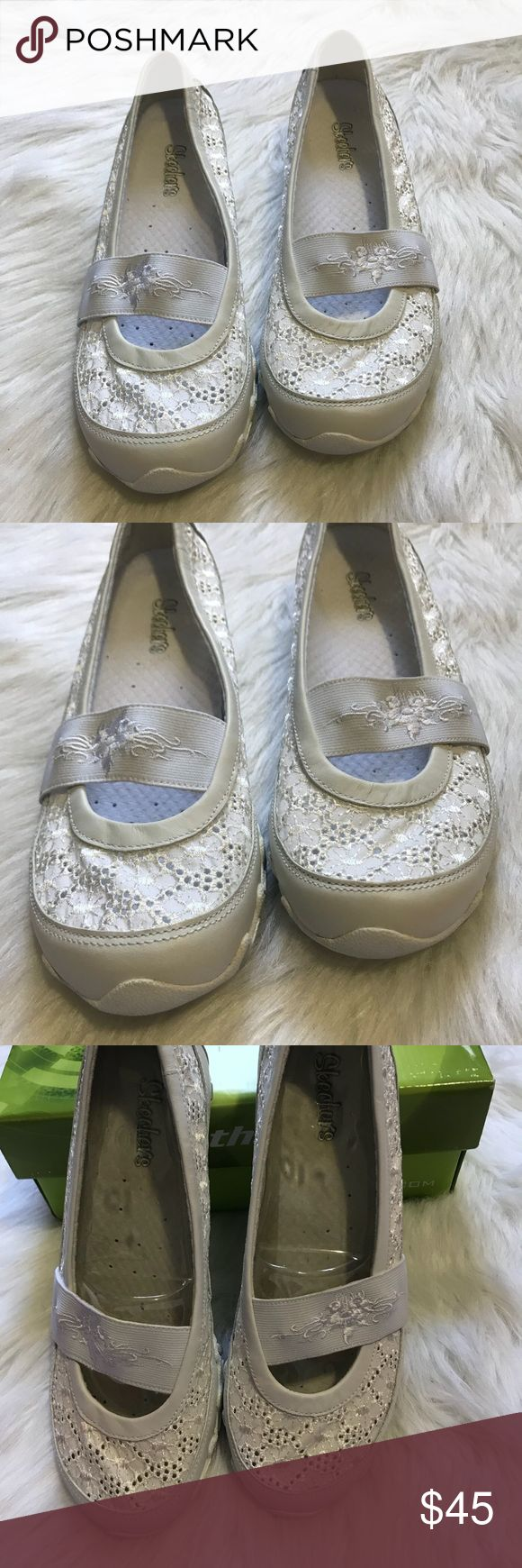 Women Skechers slip on casual shoes This amazing pair of slip on Skechers has beautiful texture detail and very comfortable. Pair with you favorite pair of jeans or cute shorts and have a comfortable day. Skechers Shoes Athletic Shoes