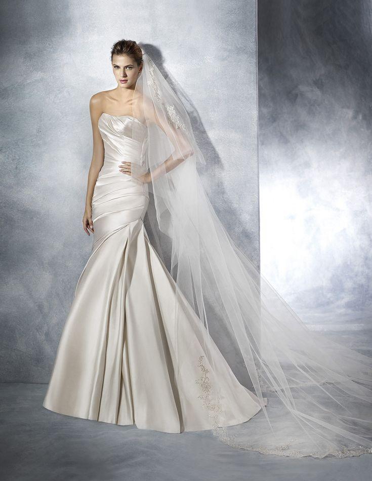 15 best Pronovias Dresses images on Pinterest | Wedding frocks ...