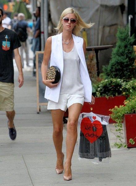 Well Vested - Celeb Street Style: Nicky Hilton - Photos