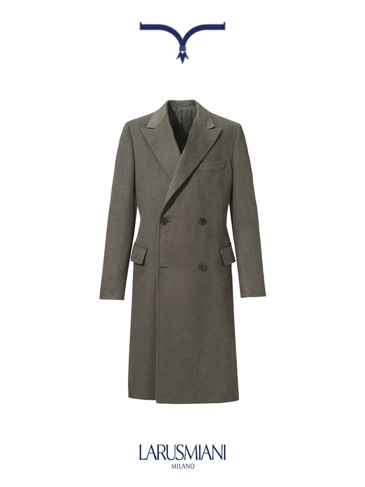 Grey double-breasted #coat in silk, cashmere and chinchilla. Tradition and innovation perfectly merged. #christmas #wishlist #man #style #luxury www.larusmiani.it
