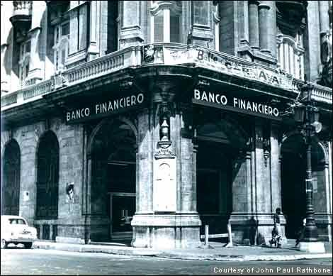 The facade of Banco Financiero
